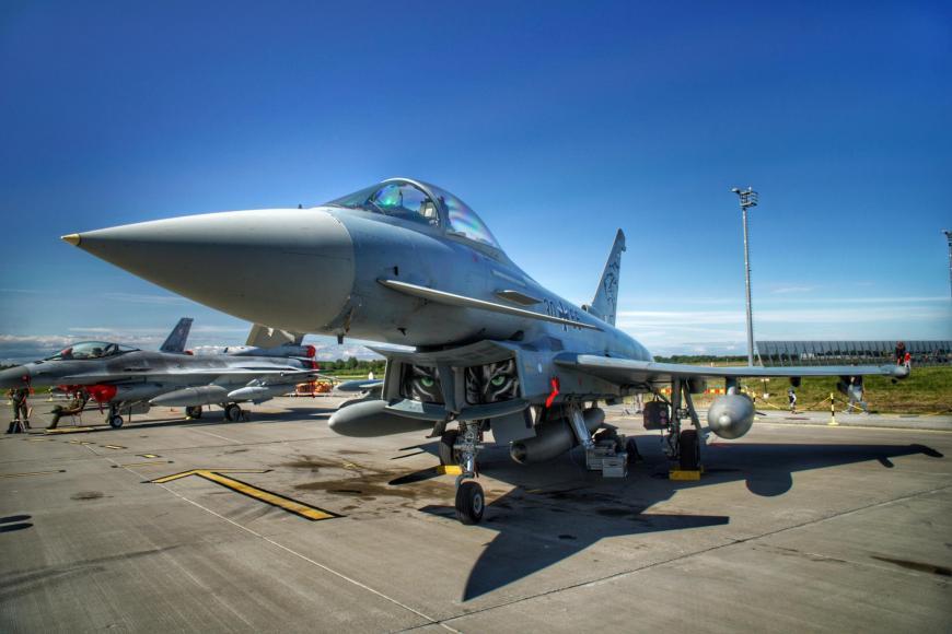 Lennushow Ämari sõjalennuväljal